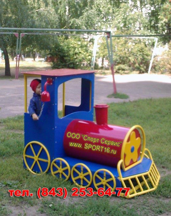 Паровозик из бревен для детской площадки своими руками фото